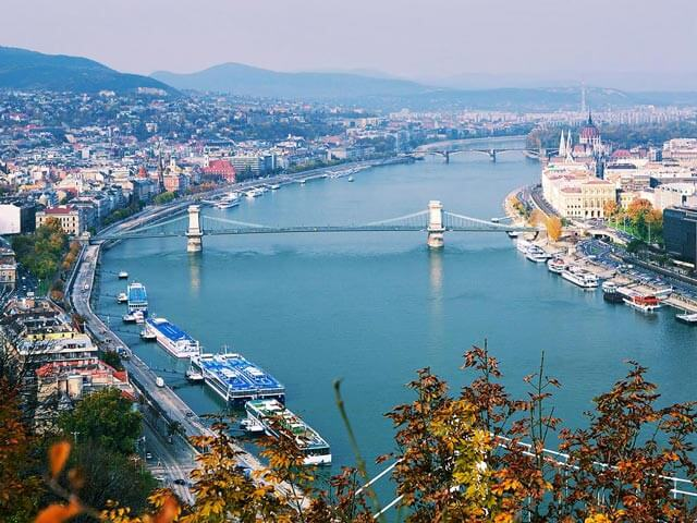 Book your flight to Budapest with eDreams