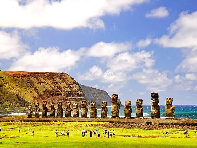 Book your flight to Easter Island with eDreams
