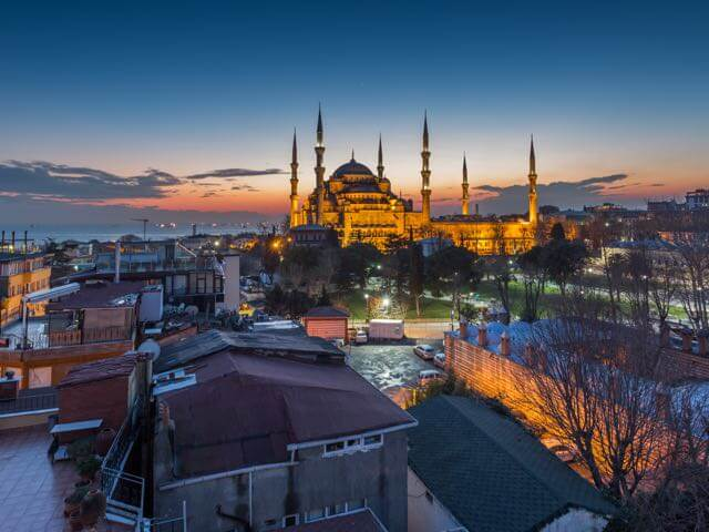 Book your flight to Istanbul with eDreams
