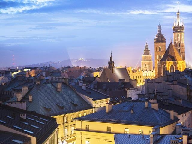 Book your flight to Krakow with eDreams