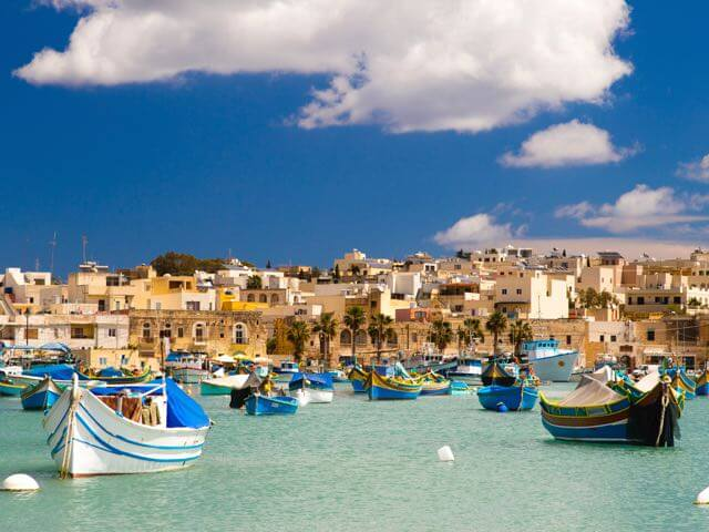 Book your flight to Malta with eDreams