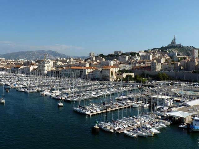 Book your flight to Marseille with eDreams