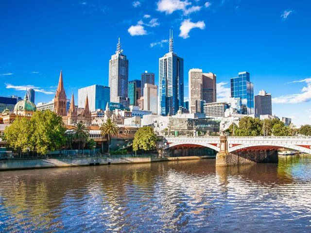 Book your flight to Melbourne with eDreams