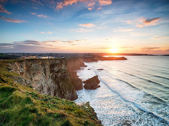 Book your flight to Newquay with eDreams