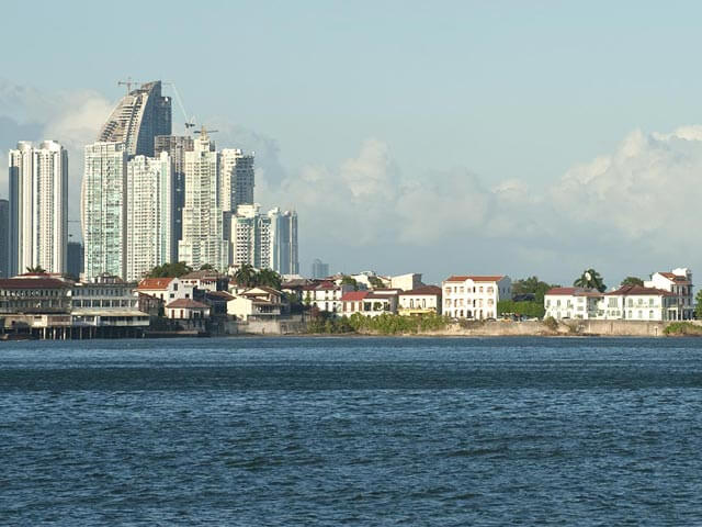 Book your flight to Panama City with eDreams