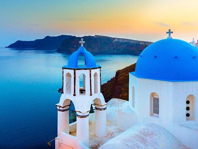 Book your flight to Santorini with eDreams