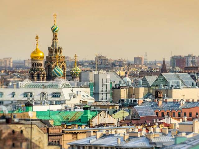 Book your flight to St Petersburg with eDreams