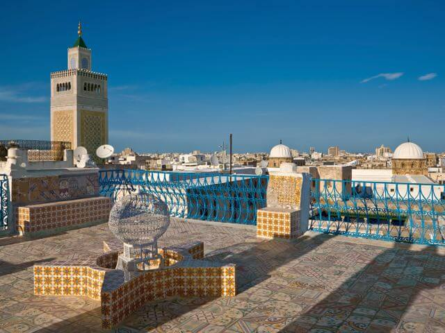 Book your flight to Tunis with eDreams